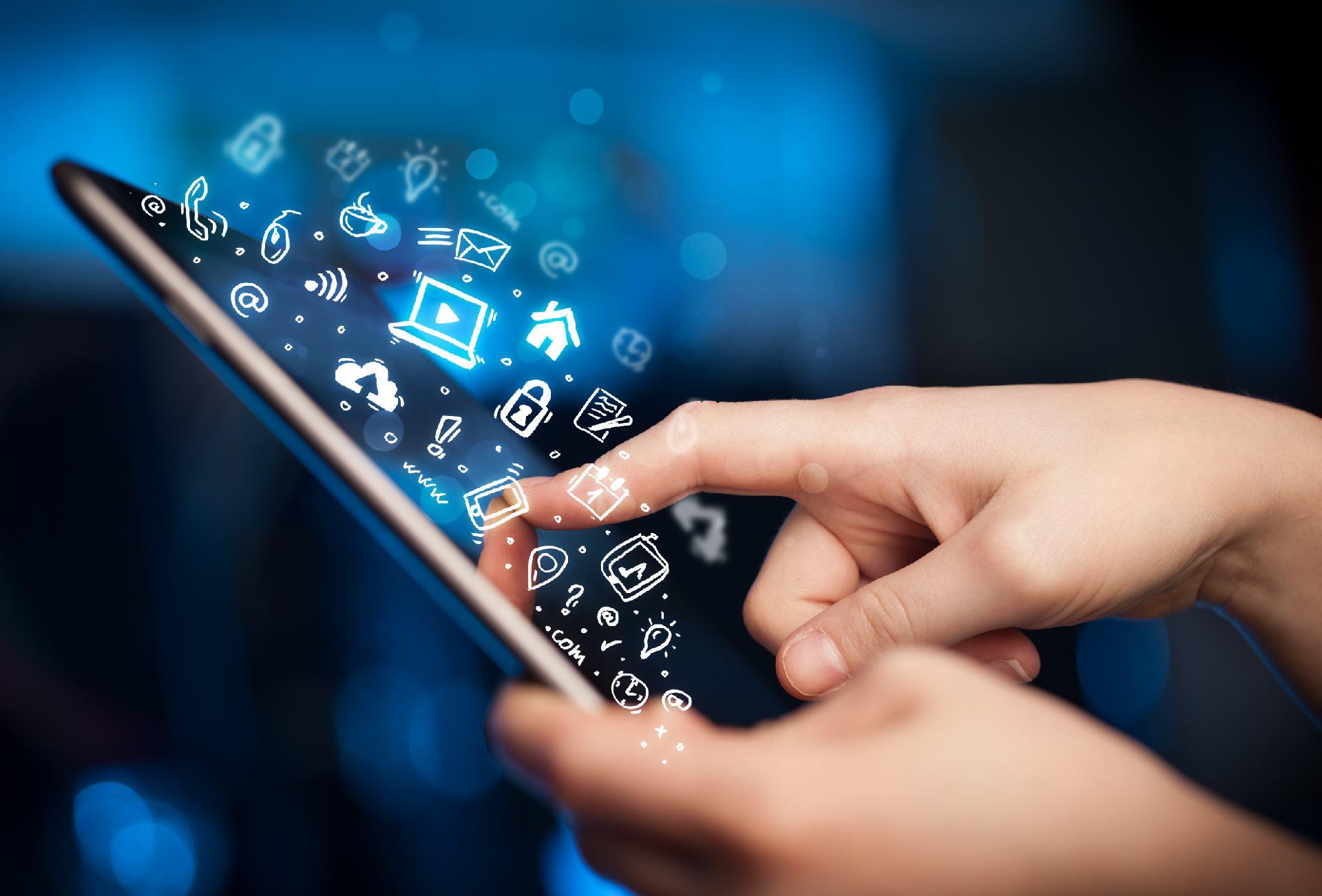 Aplicaţii mobile sau site-uri responsive