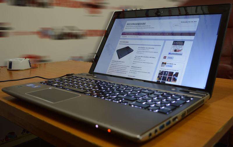 poze laptop toshiba satellite